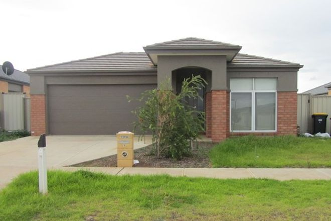 Picture of 9 Red Fox Boulevard, BROOKFIELD VIC 3338