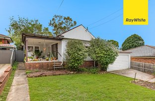 Picture of 11 Evans Street, Peakhurst NSW 2210