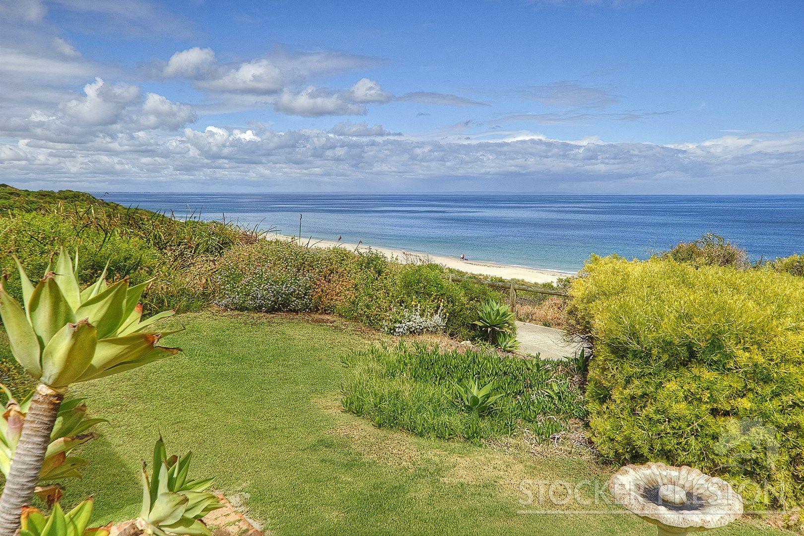 19 Bay Crescent, Peppermint Grove Beach WA 6271, Image 0