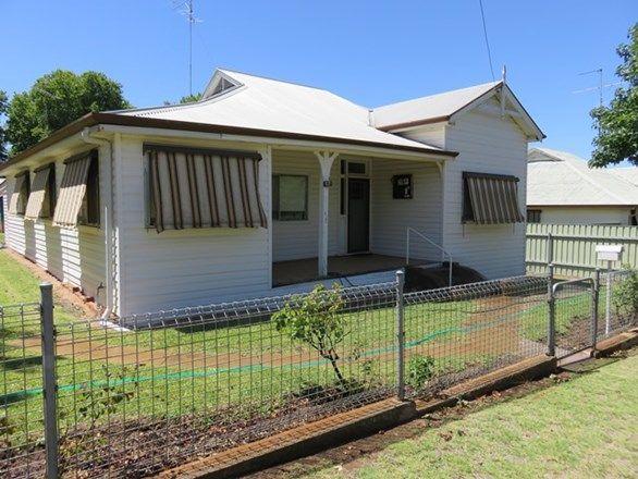 17 Jonsen St, Narrandera NSW 2700, Image 2