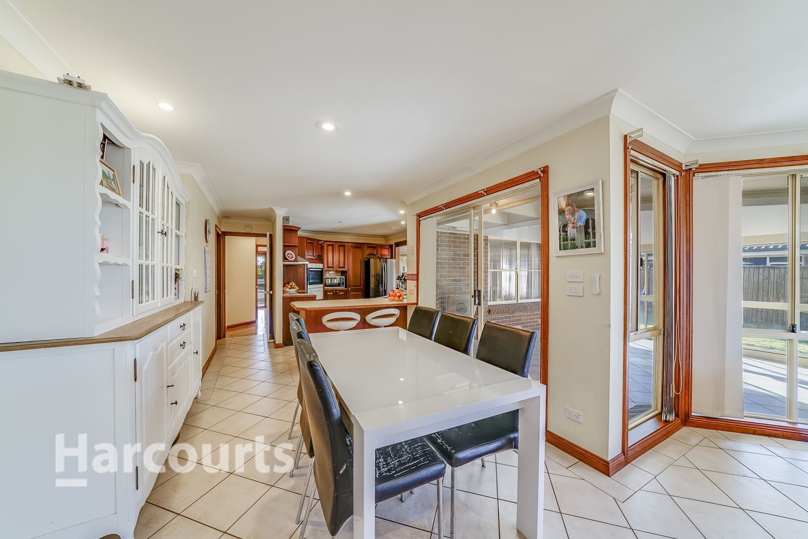32 Holdsworth Drive, Narellan Vale NSW 2567, Image 2