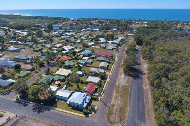 Picture of 1 Osprey Drive, WOODGATE QLD 4660