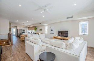 Picture of 2/36 Shoveller Avenue, Paradise Point QLD 4216