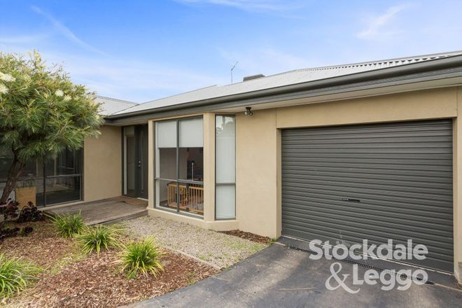 Picture of 2/54 Hayes Avenue, ROSEBUD VIC 3939