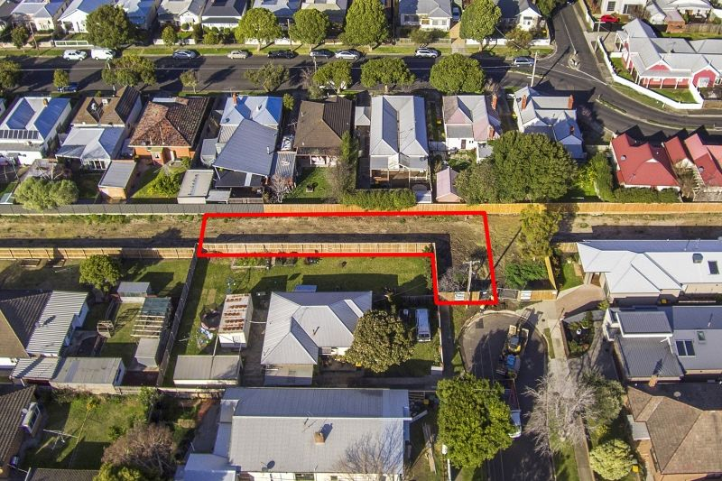 11 Sargeant Street, Geelong West VIC 3218, Image 1