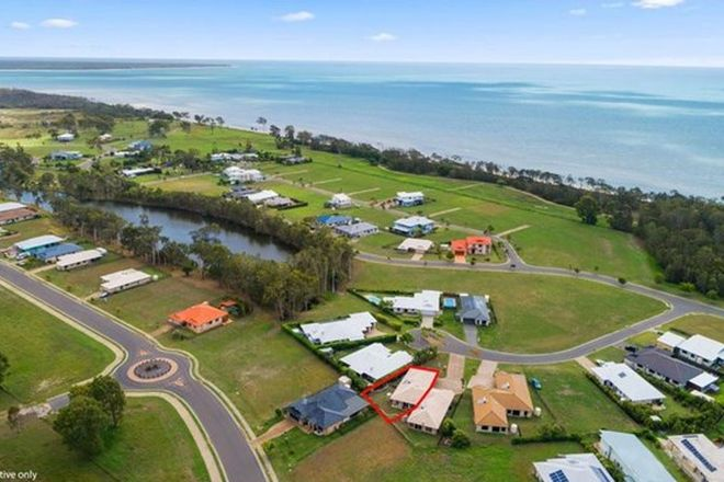 Picture of 1/14 Fulmar Court, BURRUM HEADS QLD 4659