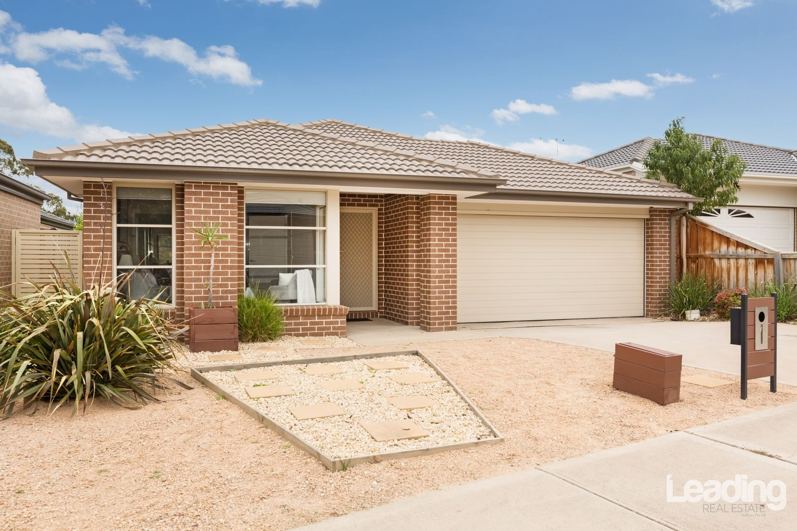 28 Holland Road, Sunbury VIC 3429, Image 0