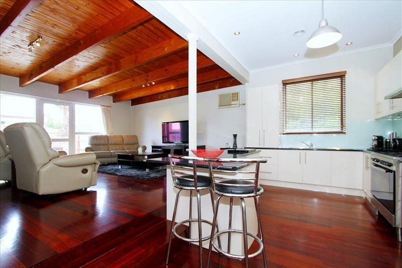17 Glenora Avenue, Coburg VIC 3058, Image 1