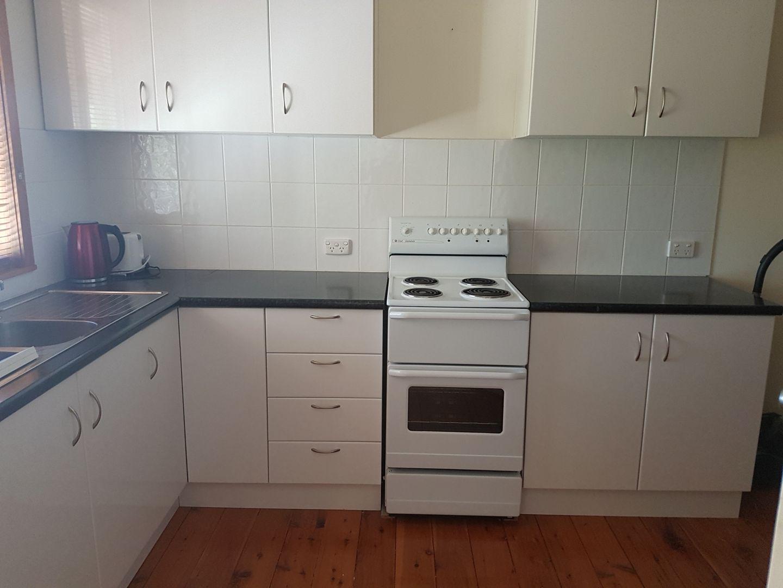 2/33 Edwards Street, Charleville QLD 4470, Image 0