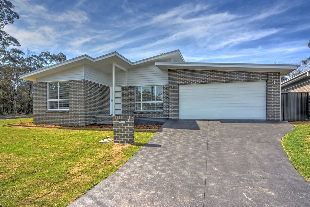 49b Chittick Avenue, North Nowra NSW 2541, Image 0