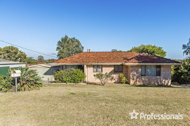 Picture of 17 Oldfield Road, GIRRAWHEEN WA 6064