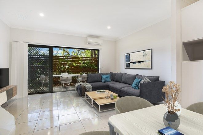 Picture of 2/460 Pine Ridge Road, COOMBABAH QLD 4216