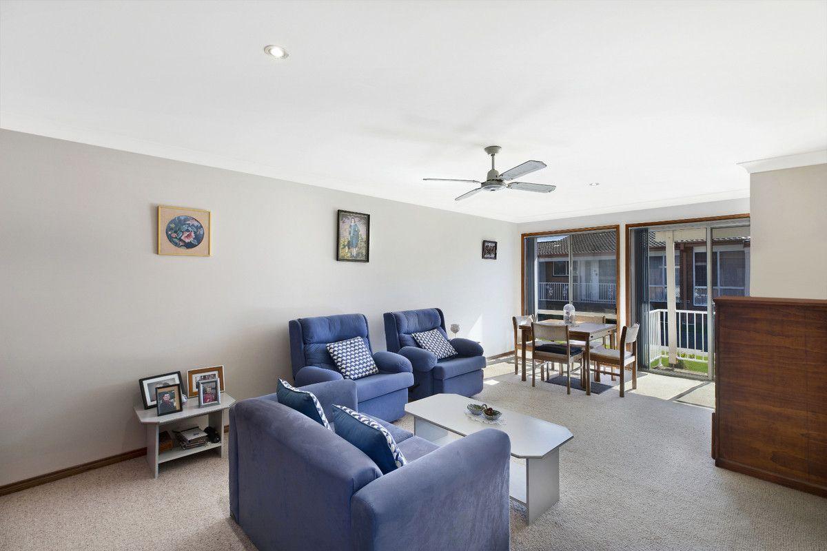 35 Gilbert Avenue, Gorokan NSW 2263, Image 1