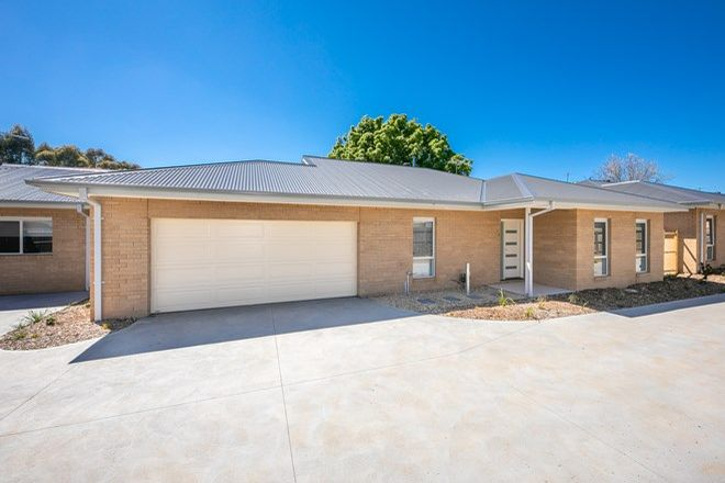 Picture of 3/22 Stawell Street, ROMSEY VIC 3434