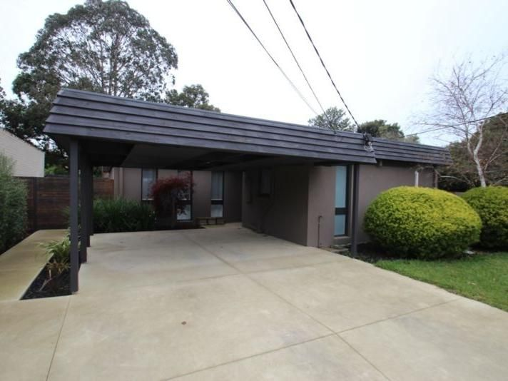 11 Darriwell Court, Wheelers Hill VIC 3150, Image 0