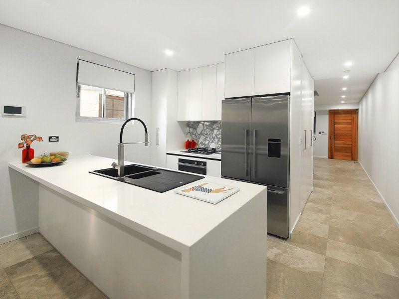 2/63 Brown Street, St Peters NSW 2044, Image 2