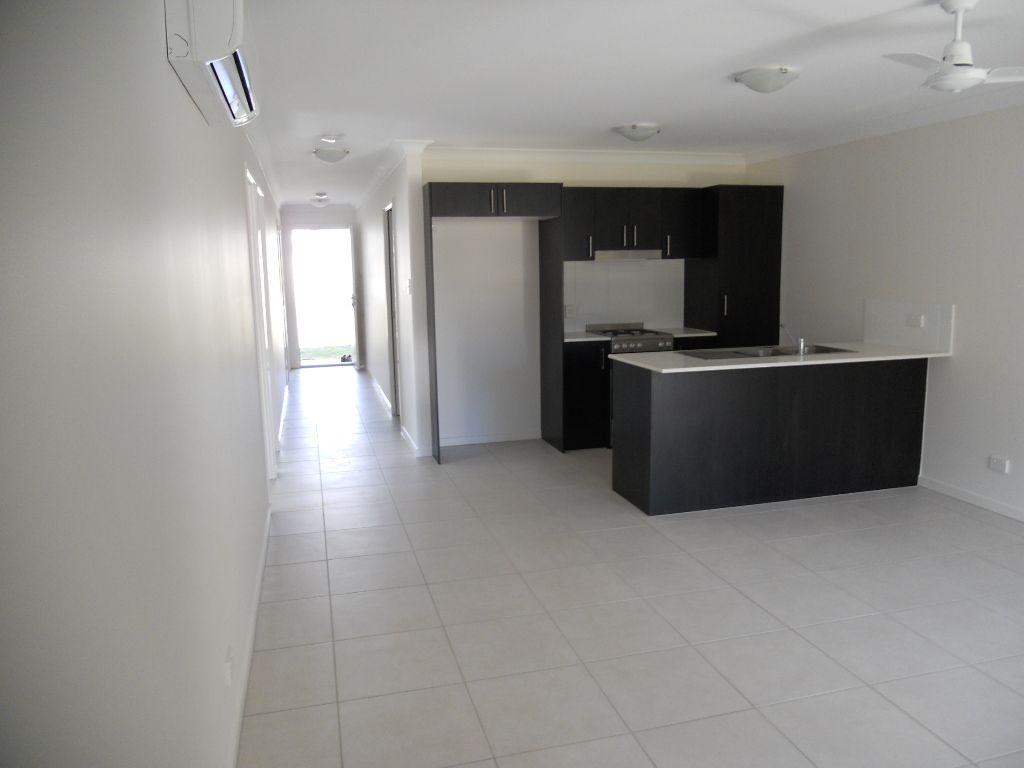 5A Sparenburg Street, Bellbird Park QLD 4300, Image 1