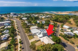 Picture of 25 Pacific Avenue, Tannum Sands QLD 4680