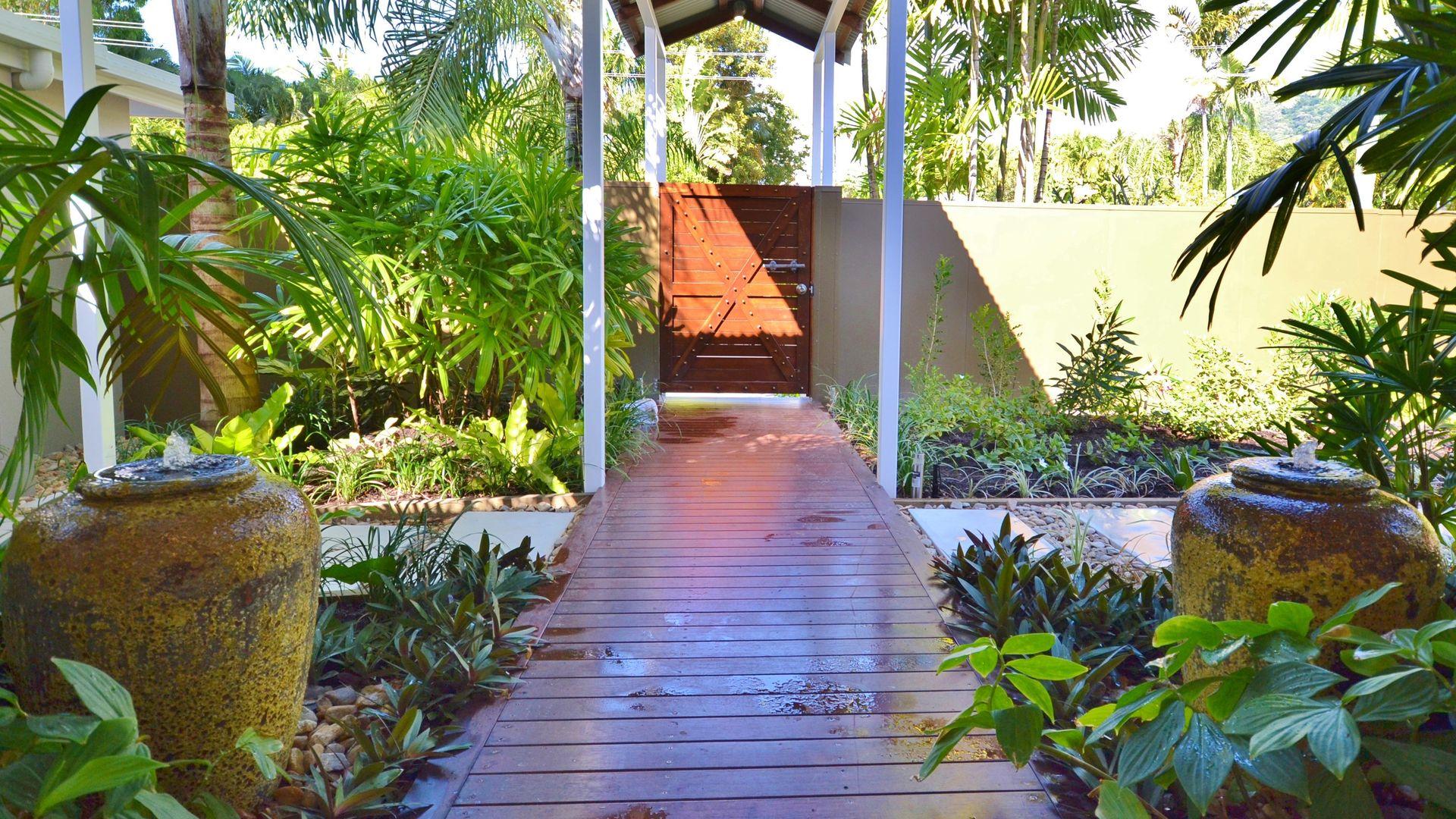 6 LAMBUS STREET, Palm Cove QLD 4879, Image 2