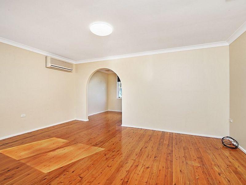 22 Inderan Avenue, Lake Haven NSW 2263, Image 2