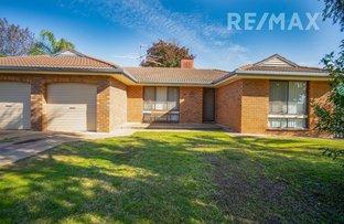 Picture of 30 Undurra Drive, Glenfield Park NSW 2650