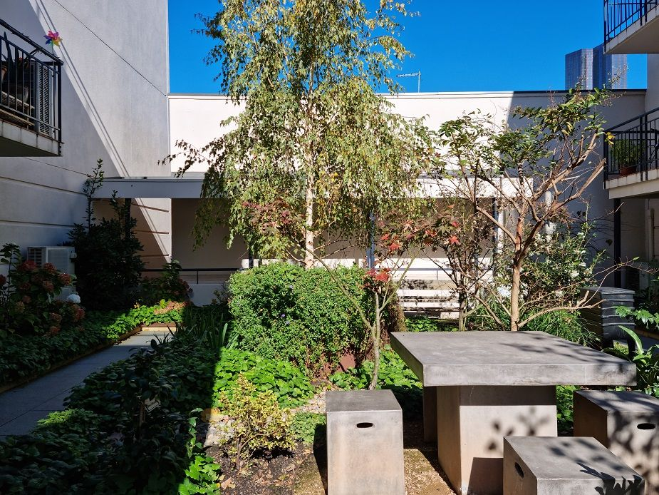 2 bedrooms Apartment / Unit / Flat in 215/101 Grattan St CARLTON VIC, 3053
