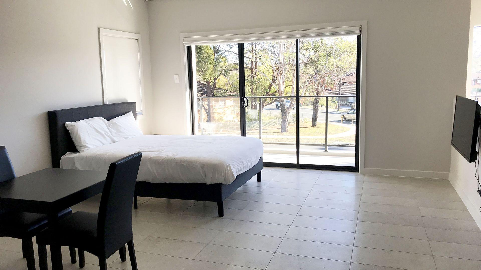 18 Rudd Road, Leumeah NSW 2560, Image 2