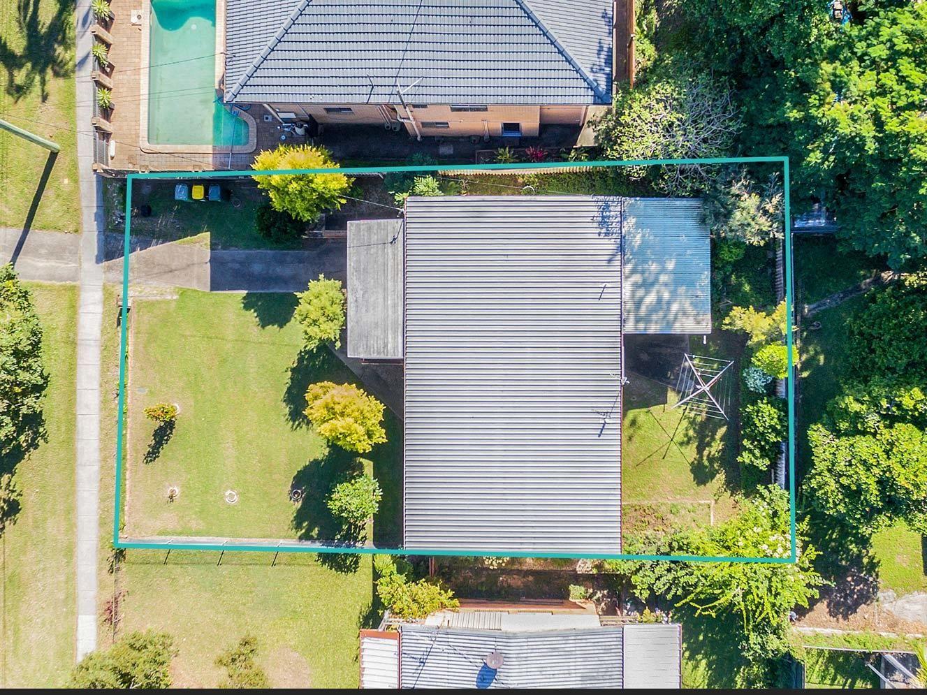 102 West Burleigh Road, Burleigh Heads QLD 4220, Image 2