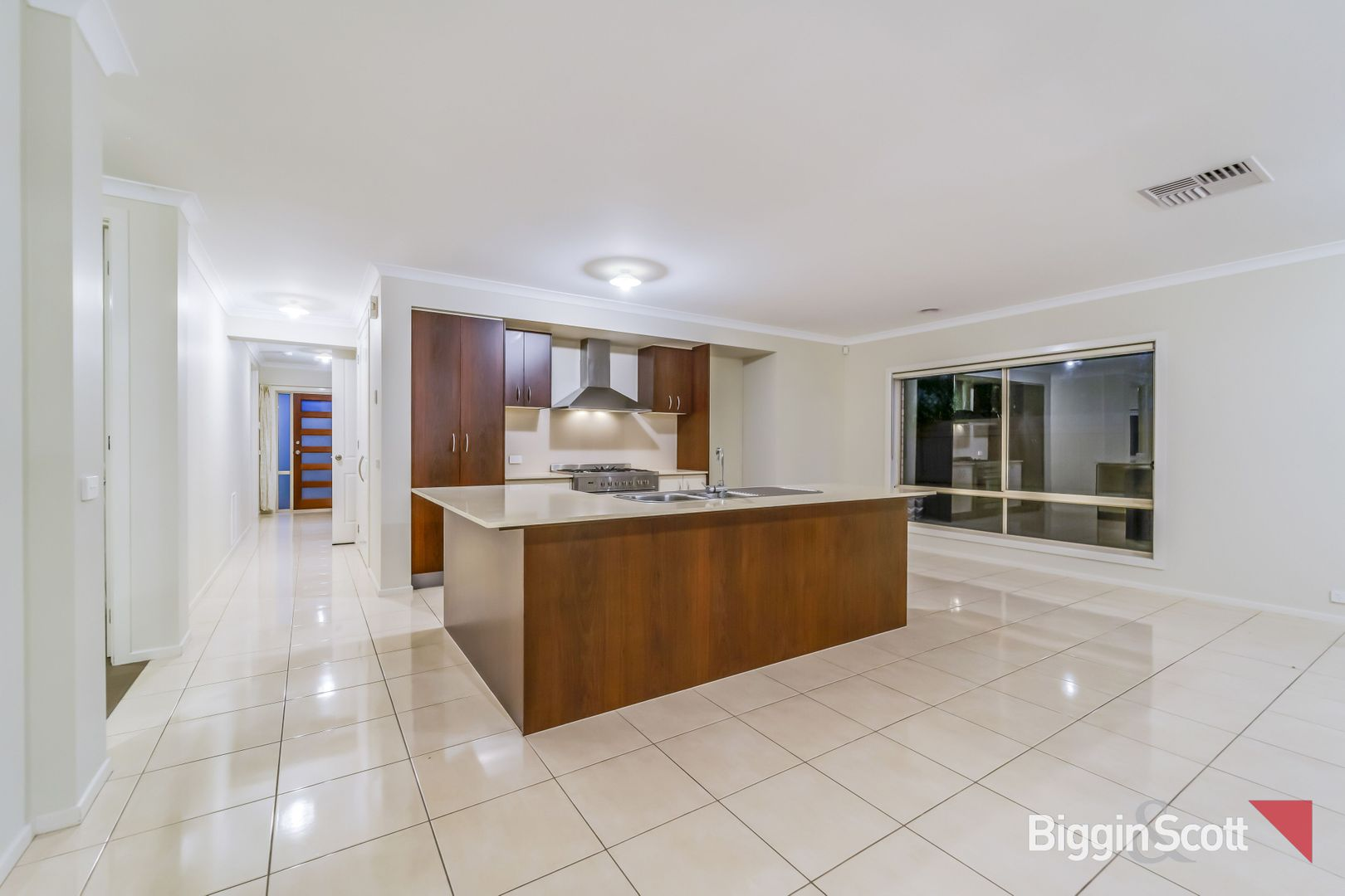4 Canegrass Drive, Point Cook VIC 3030, Image 2
