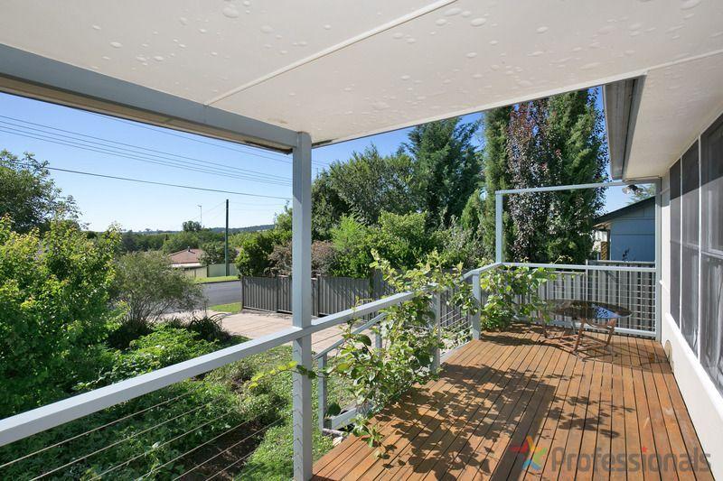 12 Douglas Street, Armidale NSW 2350, Image 1