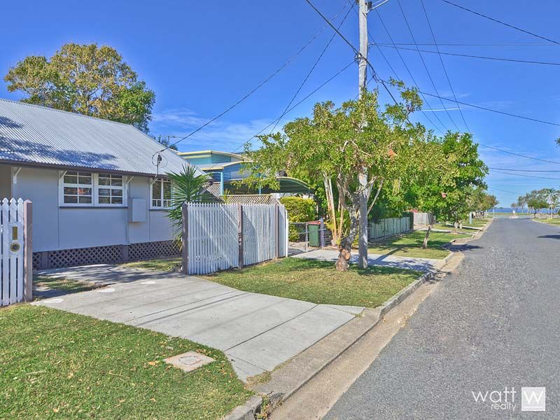 18 Donald Street, Woody Point QLD 4019, Image 1