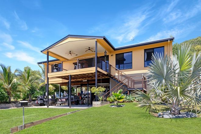 Picture of 6 Roseric Crescent, HIDEAWAY BAY QLD 4800