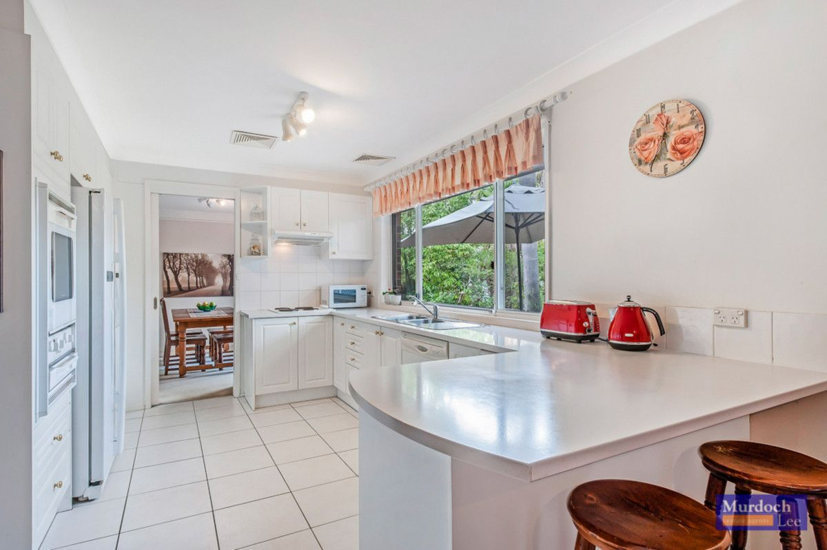 9 Lynstock Avenue, Castle Hill NSW 2154, Image 2