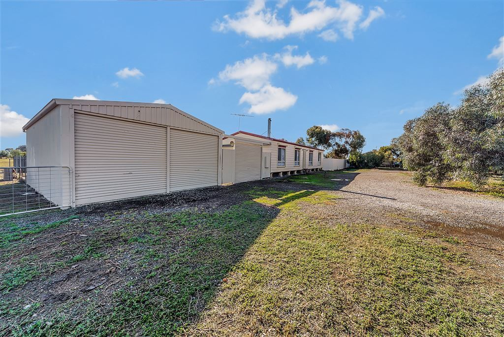 21 Tatura Avenue, Two Wells SA 5501, Image 2