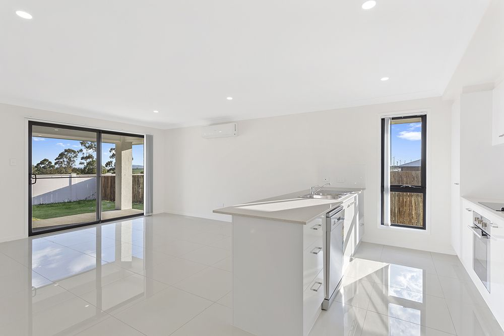 1/14 Hannaford Crescent (Karara Road), Wyreema QLD 4352, Image 1