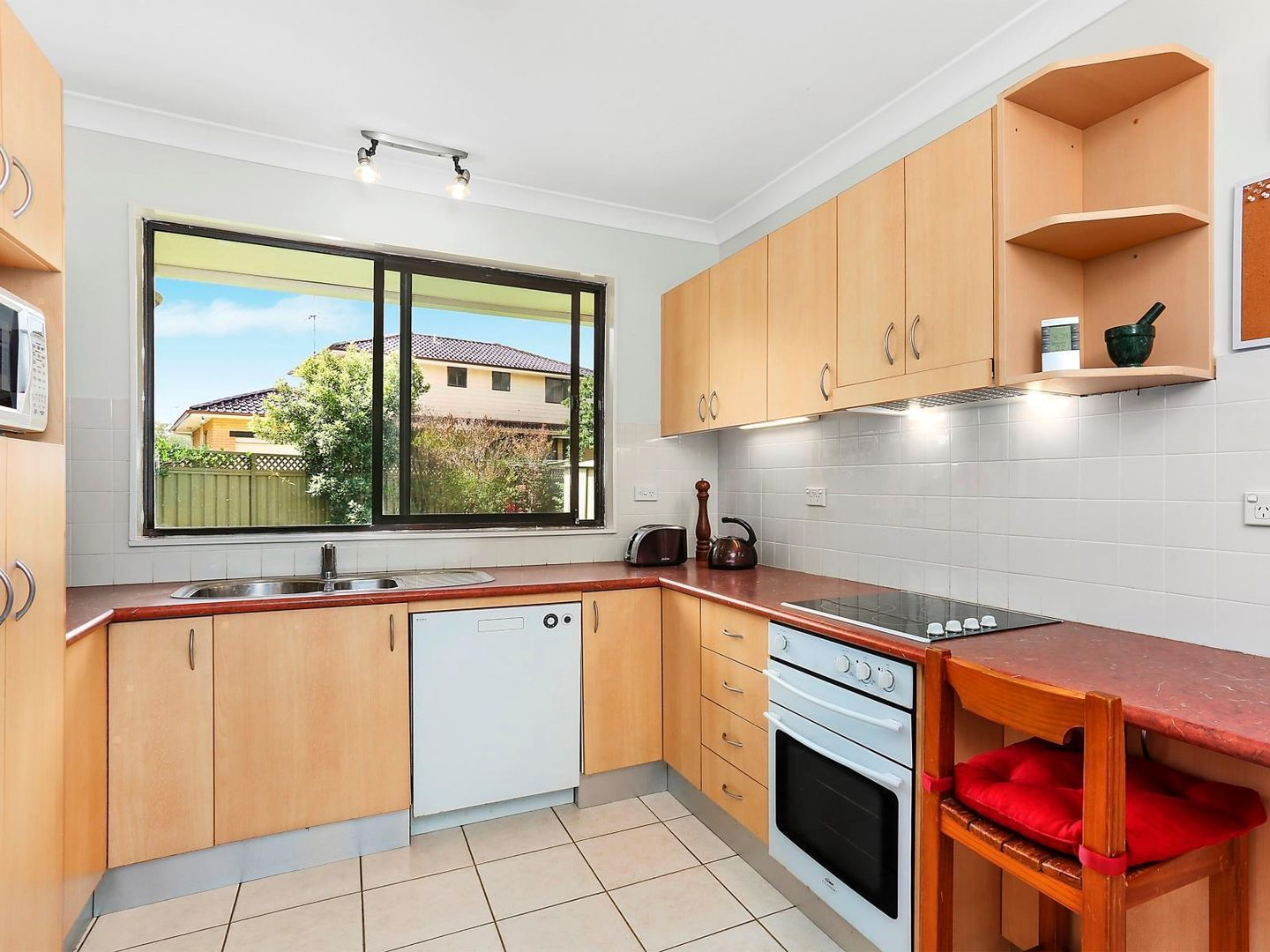 4 Regal Court, North Rocks NSW 2151, Image 2