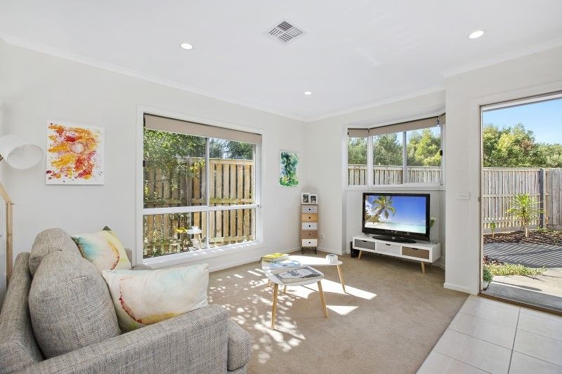 9/102A Country Club Drive, Safety Beach VIC 3936, Image 1