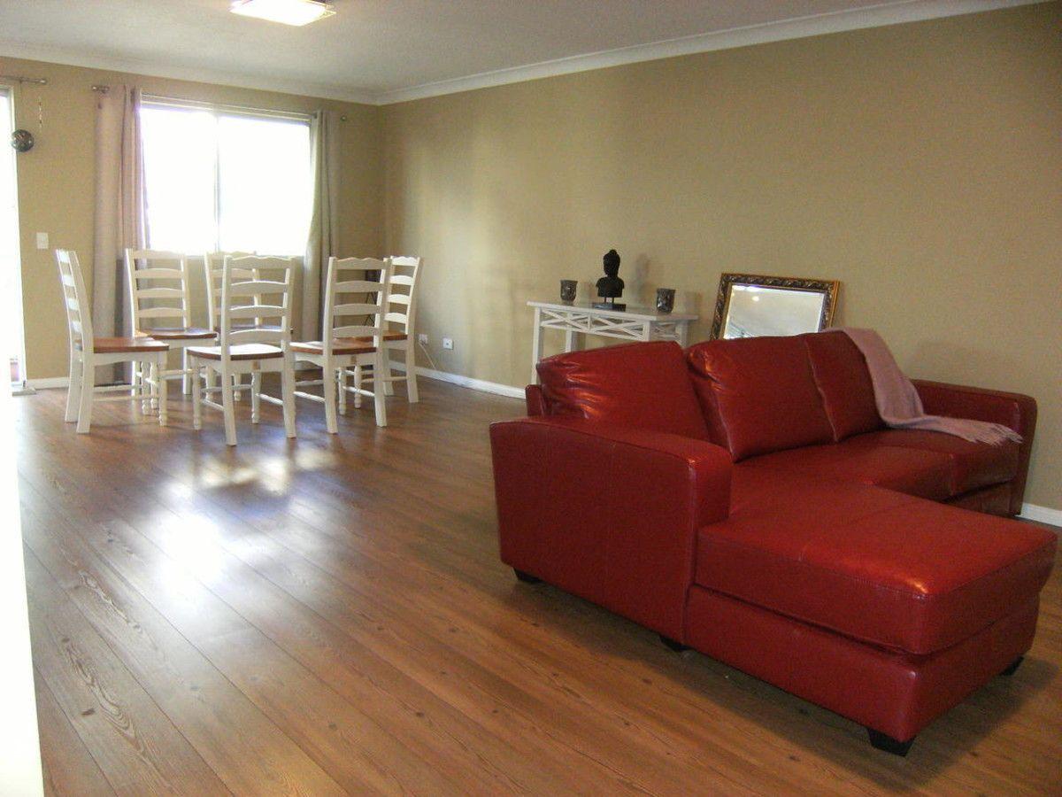 2/7 Mahia Terrace, Kings Beach QLD 4551, Image 2