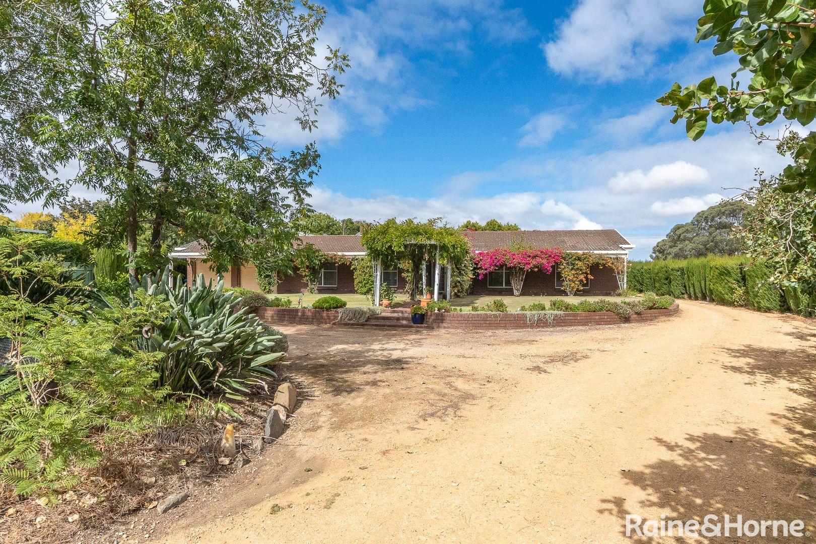 25 Adelaide Road, Strathalbyn SA 5255, Image 1