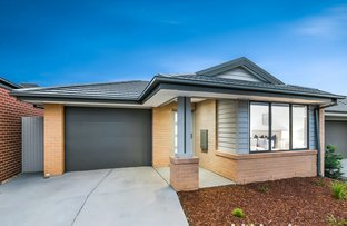 Picture of 35 Mossey Crescent, Cranbourne East VIC 3977