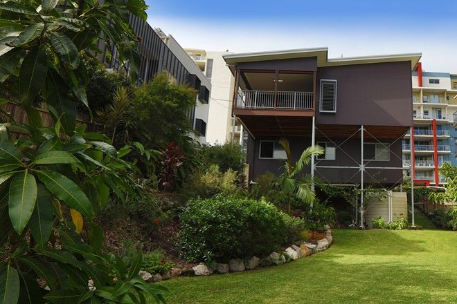 Picture of 16 Canberra Terrace, CALOUNDRA QLD 4551