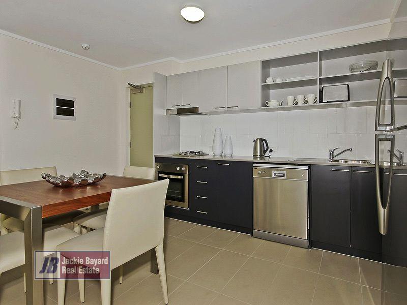 19 Masters Street, Newstead QLD 4006, Image 1
