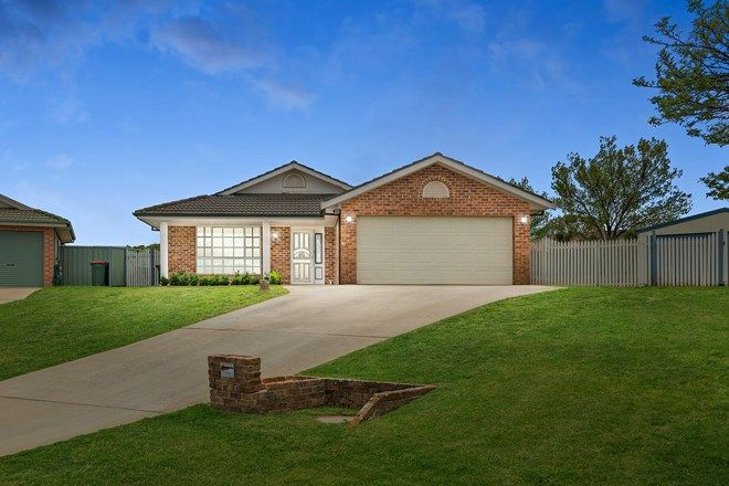 Picture of 3 Melville Place, ORANGE NSW 2800