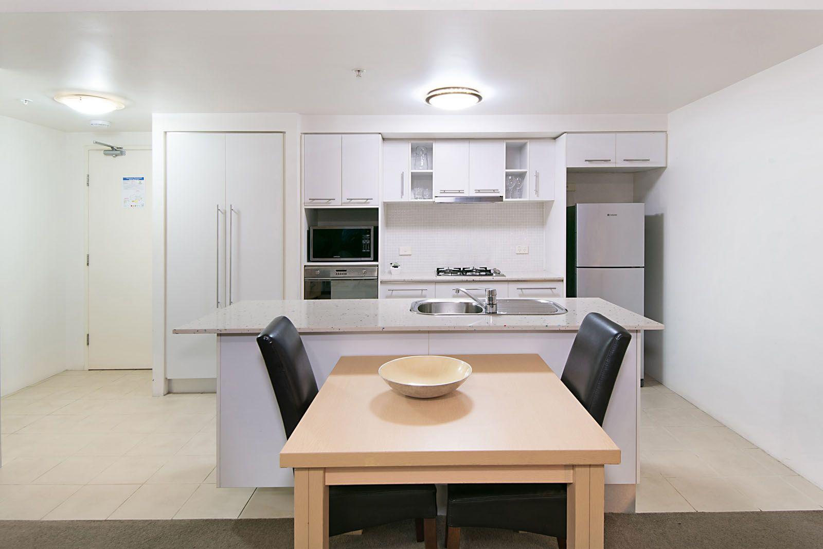 1005/79 Albert Street, Brisbane City QLD 4000, Image 2
