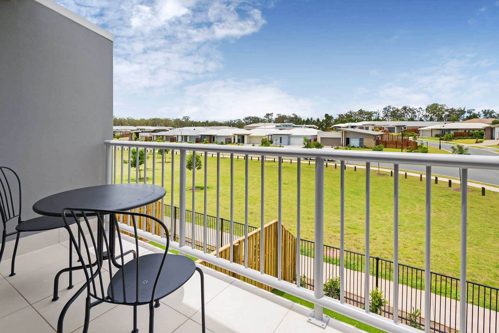 4/16 Bottle Brush Court, Coomera QLD 4209, Image 0