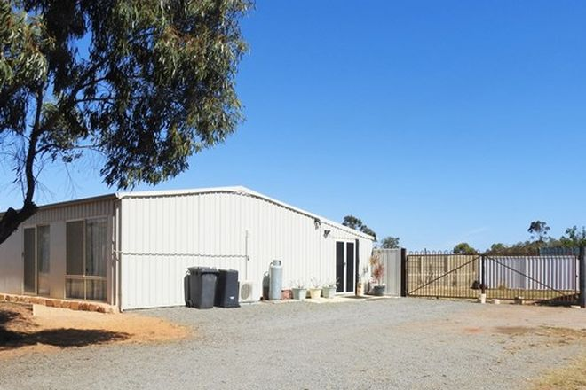 Picture of 284 Horwood Road, DEEPDALE WA 6532