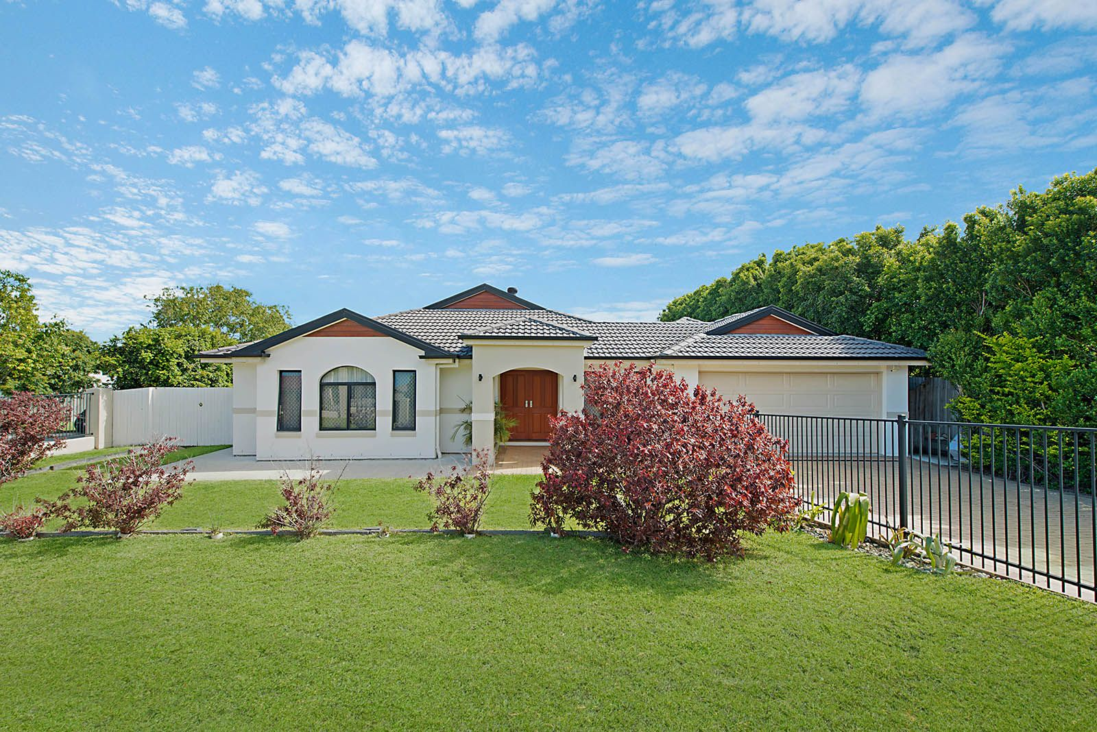2 Cooroy Crescent, Deception Bay QLD 4508, Image 1