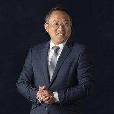 Alan Wang, Sales representative