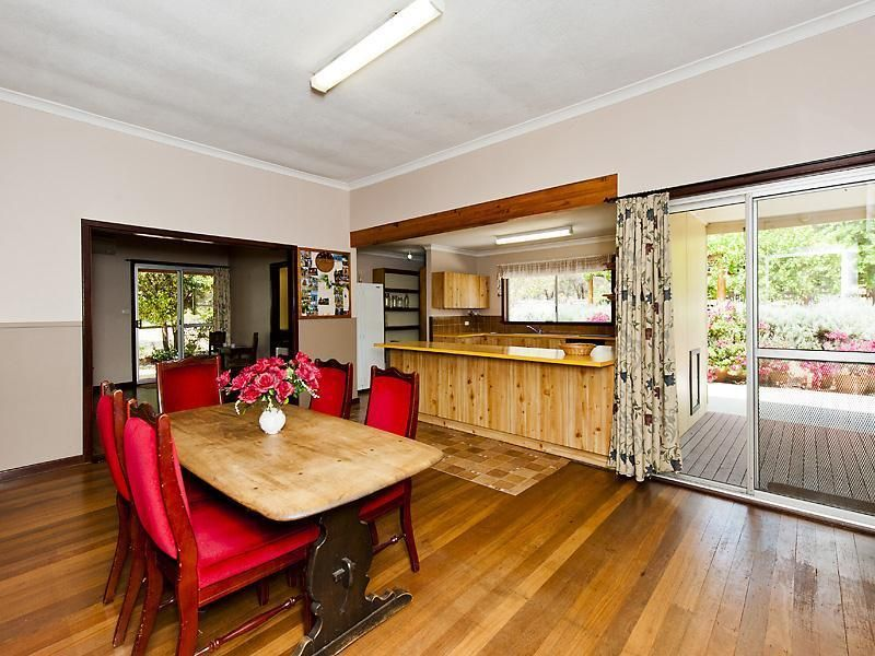 32 Nanga Brook Road, Waroona WA 6215, Image 2