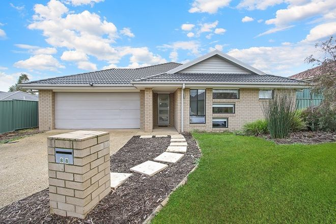 Picture of 88 Featherstone Avenue, GLENROY NSW 2640